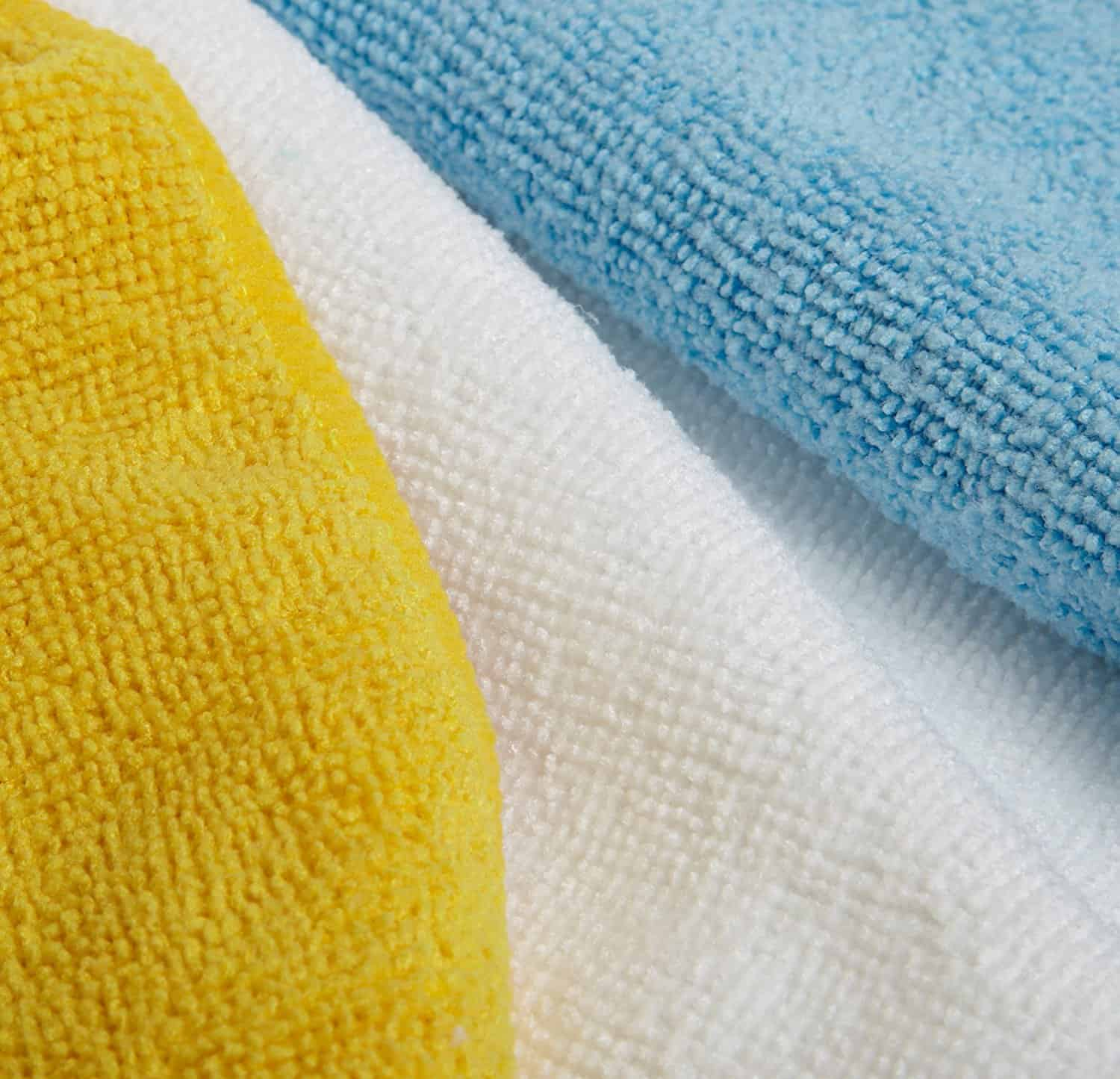 Microfiber towels for cleaning bathroom