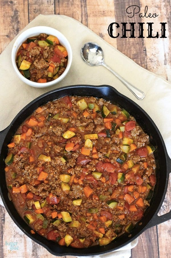 Paleo Chili. 7 Best Paleo Recipes – Cook a Paleo Dinner every weeknight in under 30 minutes! Paleo for beginners should be easy and fun to cook, so I made a list of my favorite Paleo diet meals. Easy Paleo recipes for weight loss.