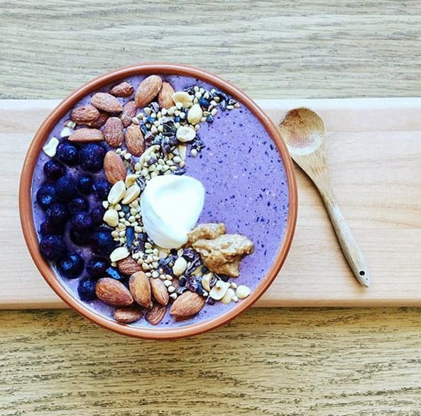 Blueberries and Almond Milk Smoothie. These healthy smoothies for weight loss will indulge you in your fat burning journey. Get these healthy smoothies recipes as a meal replacement for a flat belly, and boost your metabolism! These weight loss smoothie recipes will help you keep your diet and still feel like you can have amazingly tasty treats!