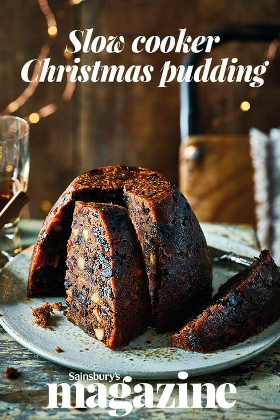 Easy Christmas Pudding Recipes - Traditional English Pudding. Are you looking for some easy Christmas pudding recipes to try this year? I have a collection of the best traditional English pudding recipes. #christmas #xmas #christmasrecipes #puddings #food #dessertfoodrecipes #desserts #recipe