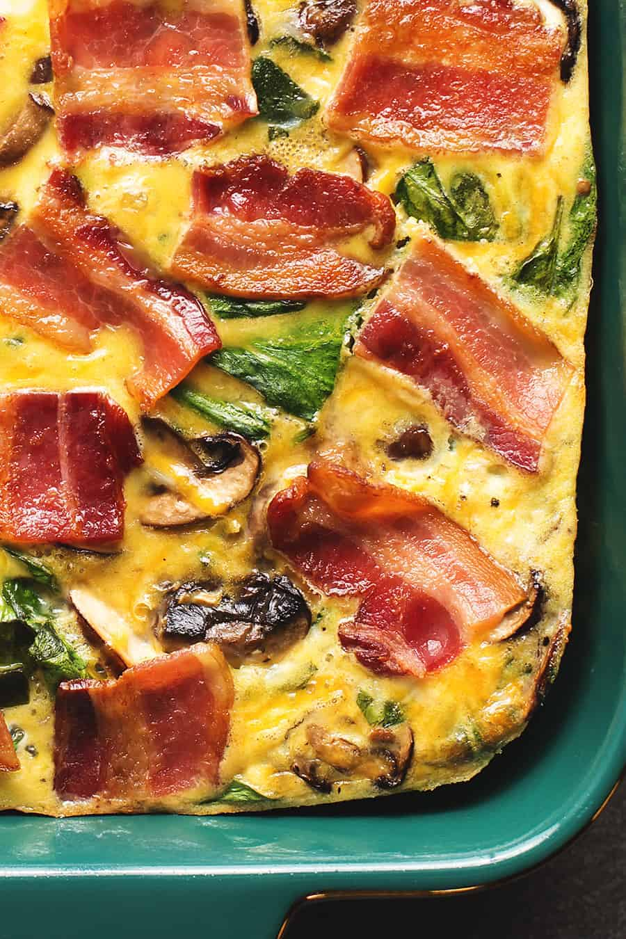 Low Carb Breakfast Casserole - Best Keto Breakfast Casserole Recipes for Ketogenic Diet. Try these amazing Keto breakfast casserole recipes with bacon, cream cheese, spinach or with ham. Great low carb make ahead breakfast, also some slow cooker recipes. #keto #ketogenic #ketorecipes #diet #food #lowcarb