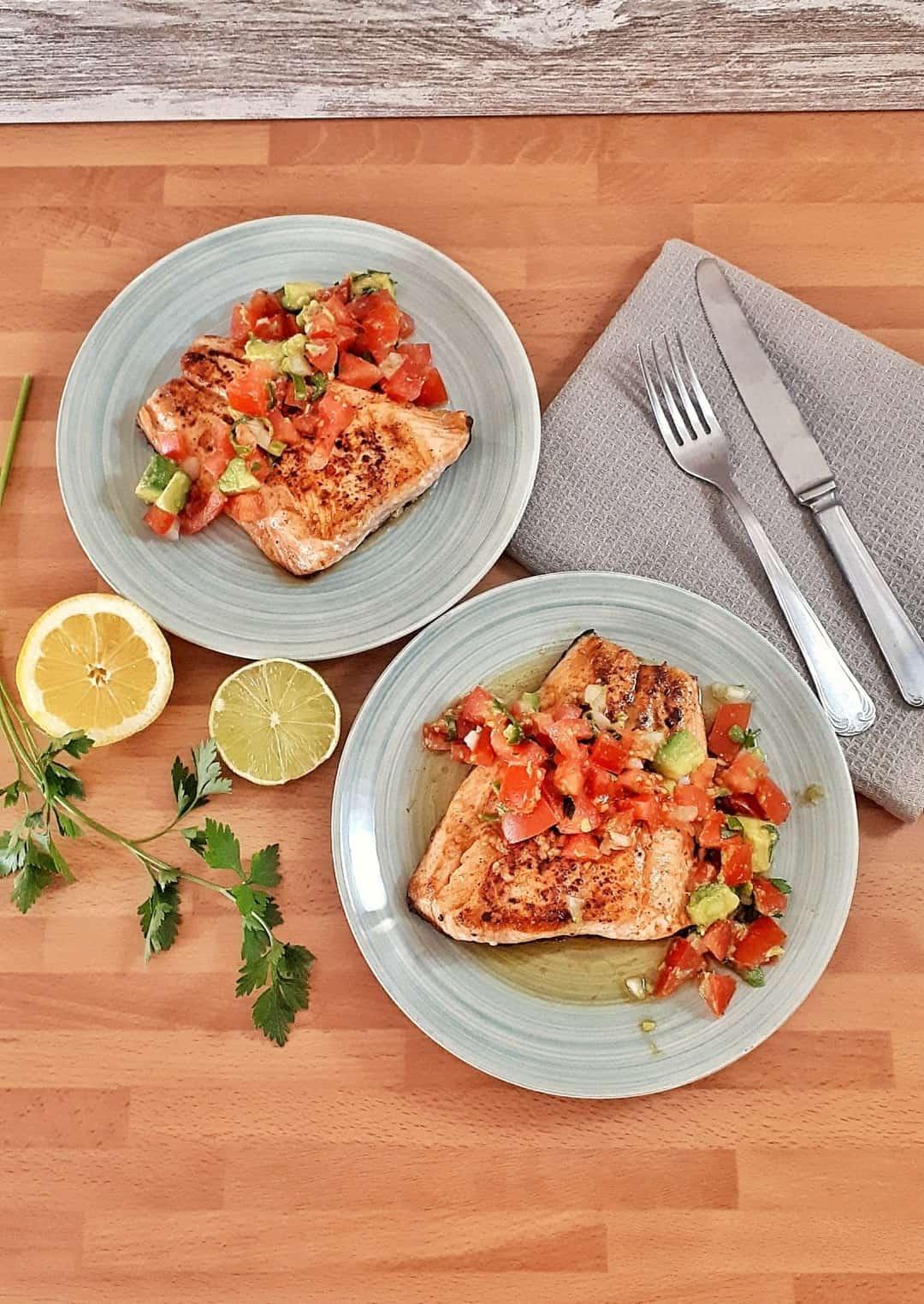 Seared Salmon with Tomato & Avocado Salsa - Keto & Low-Carb