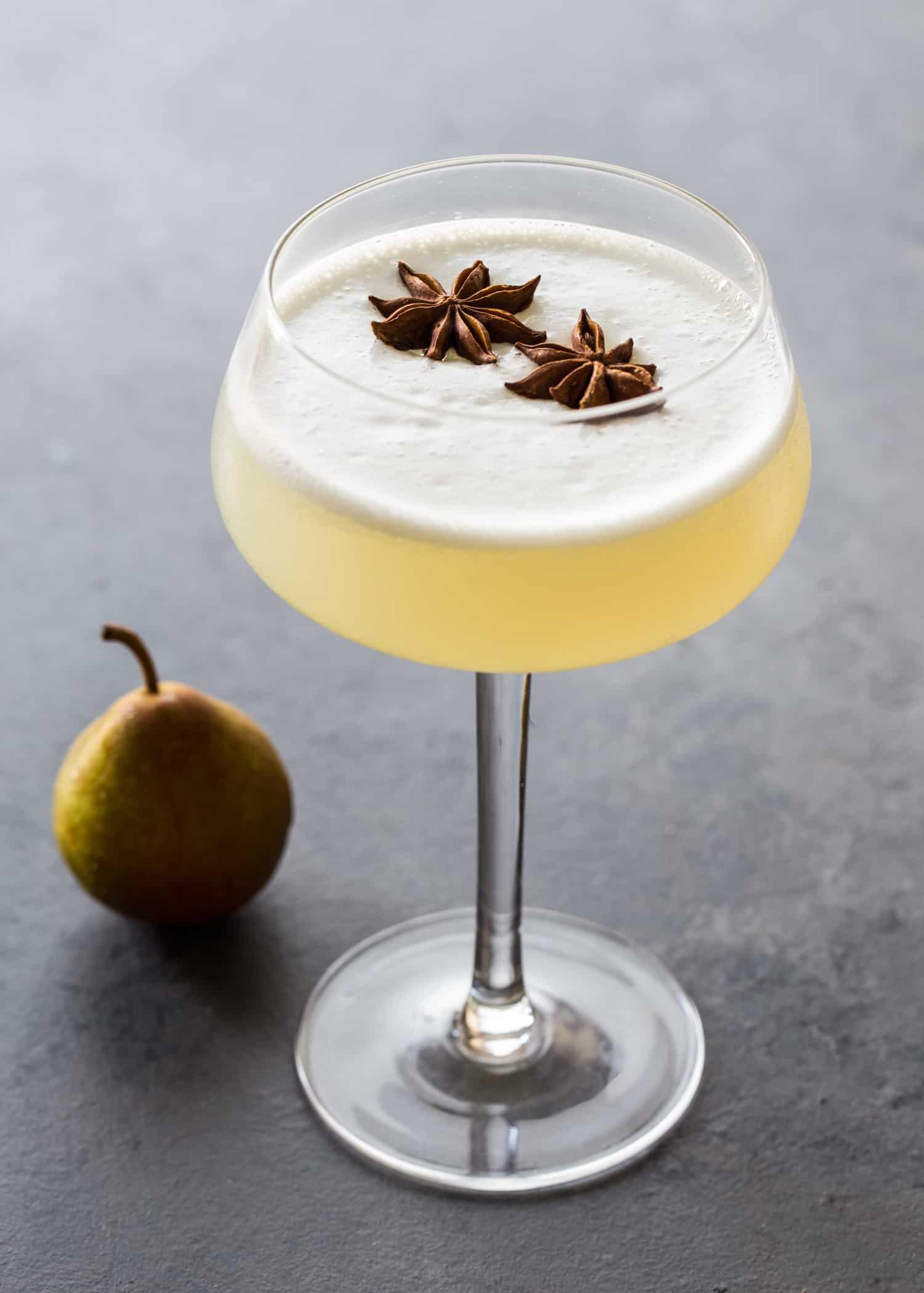 Spiced Pear Gin Fizz